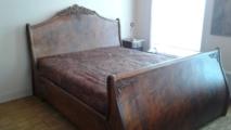 nieuw bed, antieke stijl